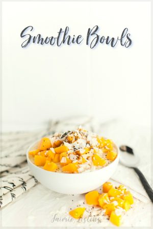 6 Tempting Health Benefits of Smoothie Bowls - Jaimie Listens: Delicious, easy to make smoothie bowls make the perfect breakfast to increase energy and help you keep slim!